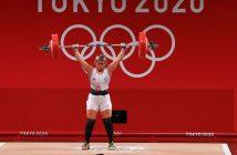 Gobierno de BC se burla de medallista olímpica; le entregan cheque inexistente